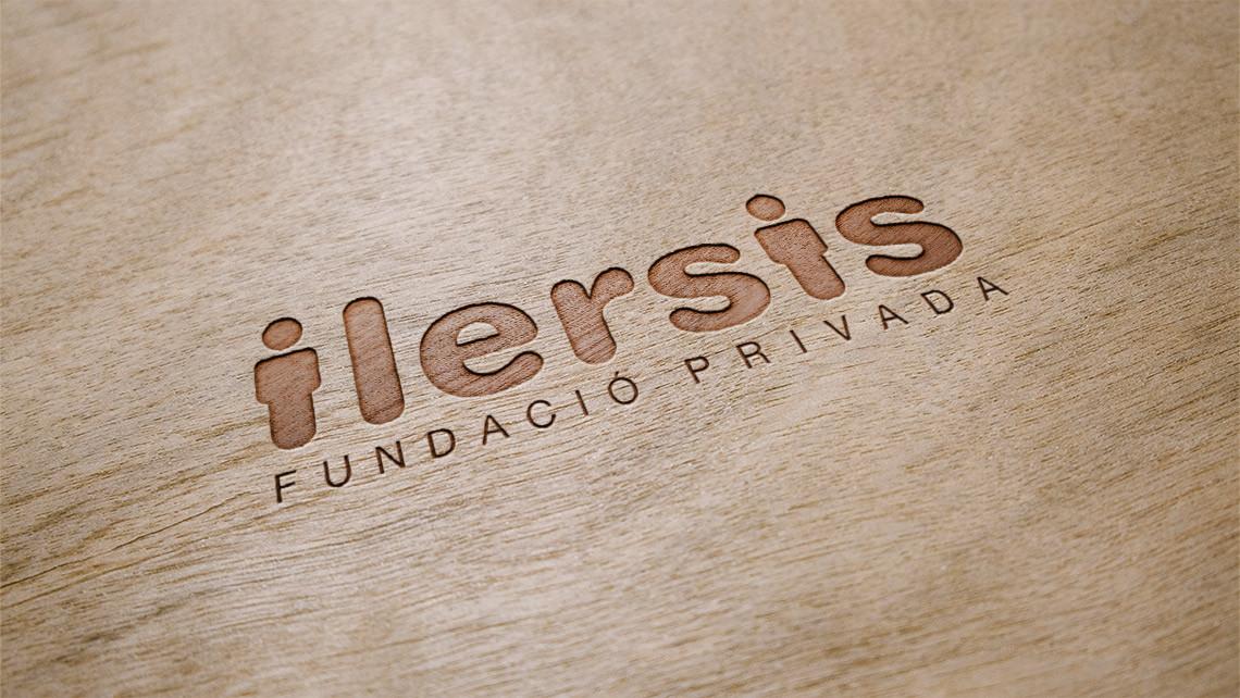 Ilersis - Logotipo madera - EADe